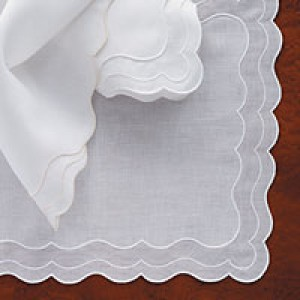 Venus Table Linens